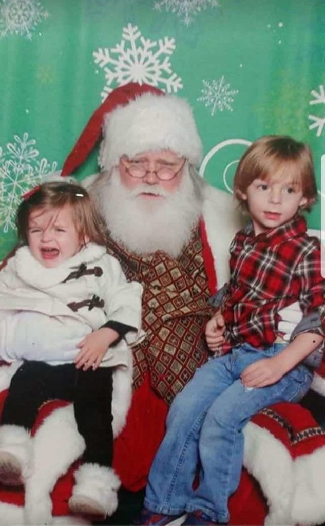 classic mall Santa photo with crying kids